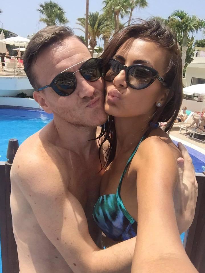 Nicolae Mitea se iubeşte de câteva luni cu o tânără pe nume Irina.