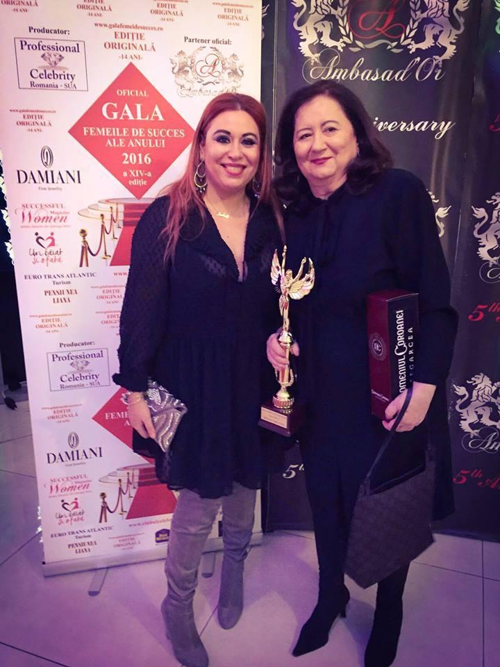 Oana Roman este foarte mândră de mama ei.
