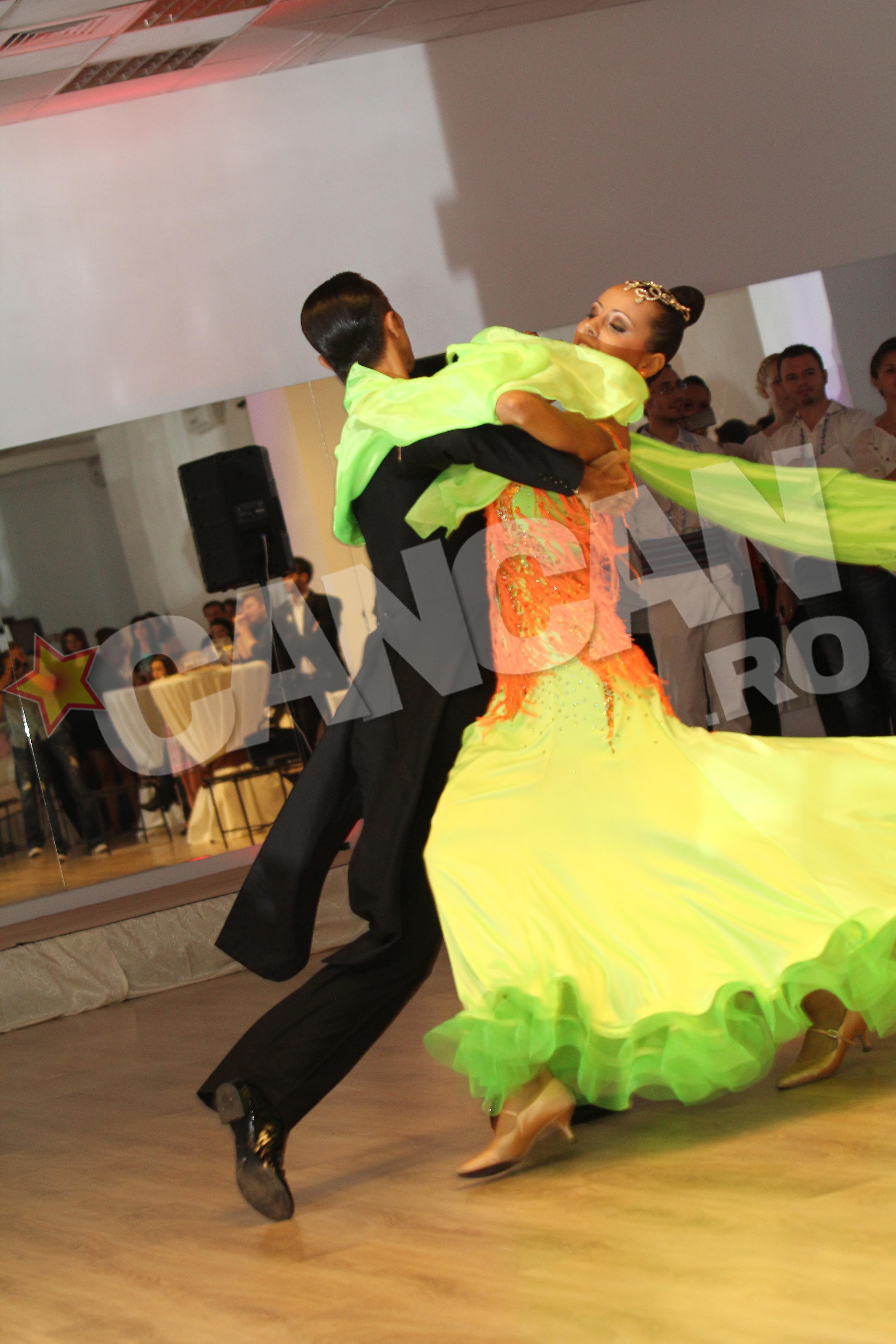 Alina si partenerul ei se iubesc inca decand au dansat prima oara impreuna
