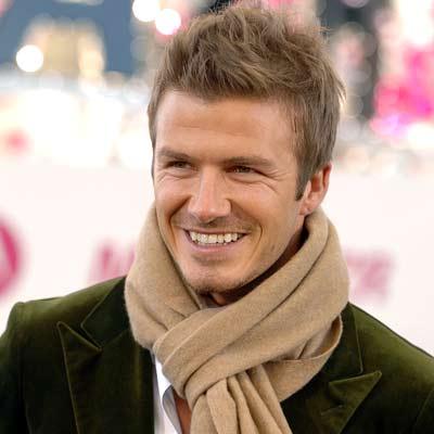 Cătălin Botezatu, extravagant până-n pânzele albe! Designerul face un tratament facial cu sânge, la fel ca Beckham!