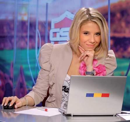 Ca mai toate colegele ei de breasla, Bianca Voicu este si ea curtata de fotbalisti