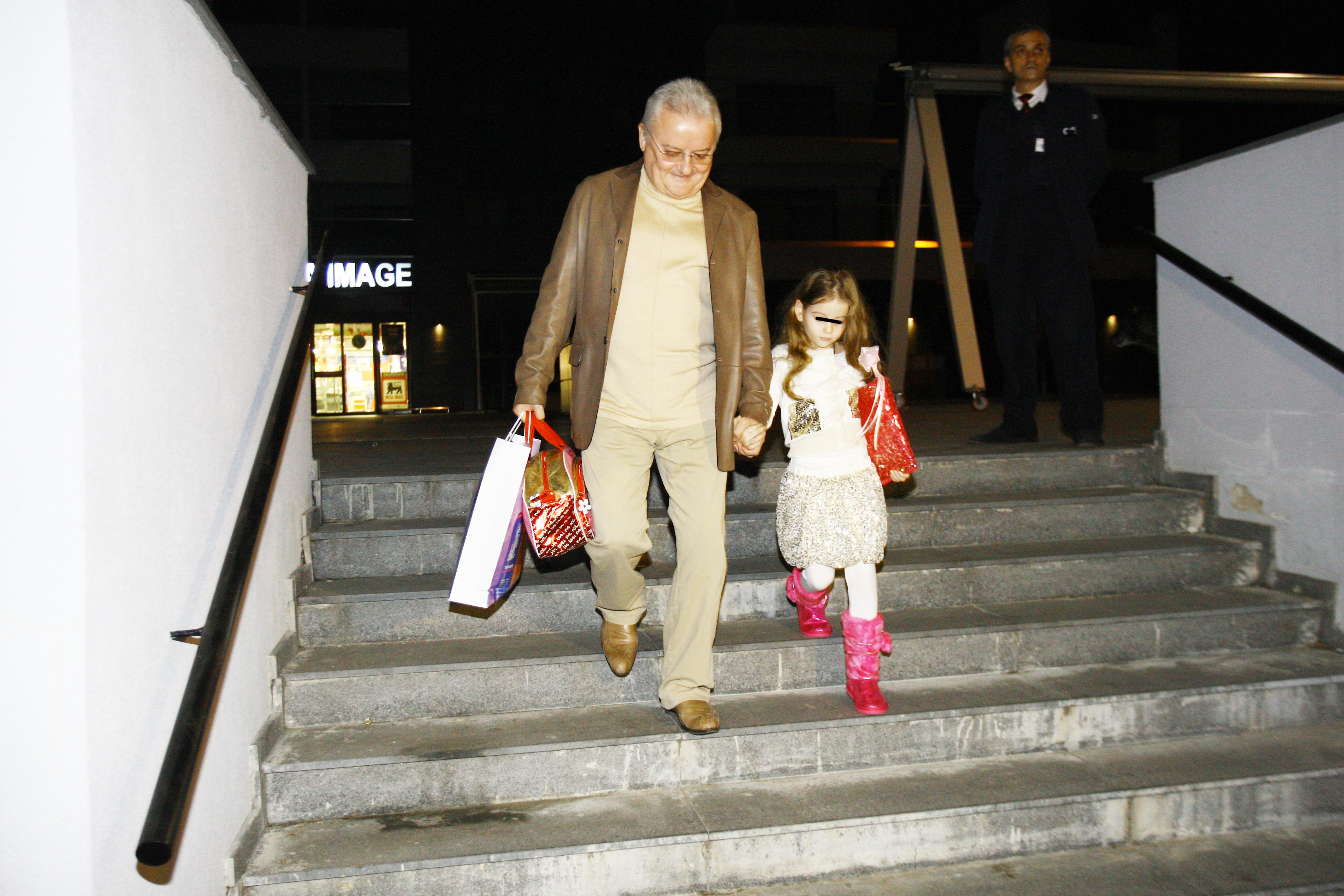 Irina a implinit sase ani in ziua in care Monica a ajuns in Romania, iar Irinel i-a organizat o petrecere la Izvorani