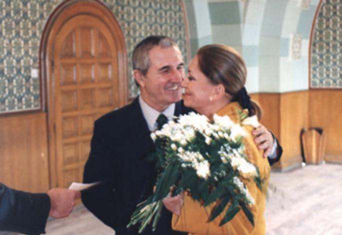 Gheoghe Dinica si Gabriela, sotia sa, au fost casatoriti 15 ani