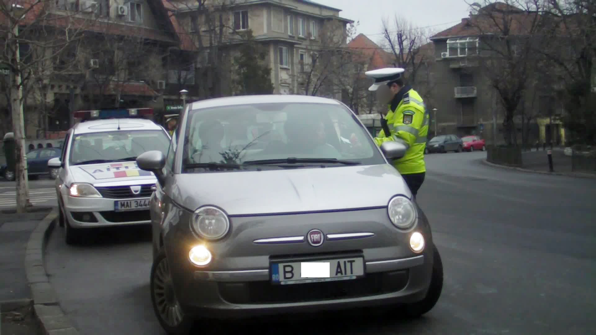 Vedeta a fost trasa pe dreapta de un echipaj de politie