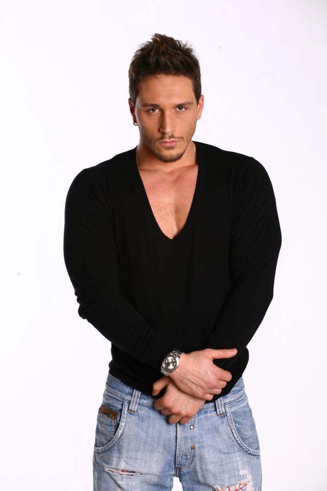 Andrei Jilavu a declarat la CANCAN TV ca sarutul a fost o gluma