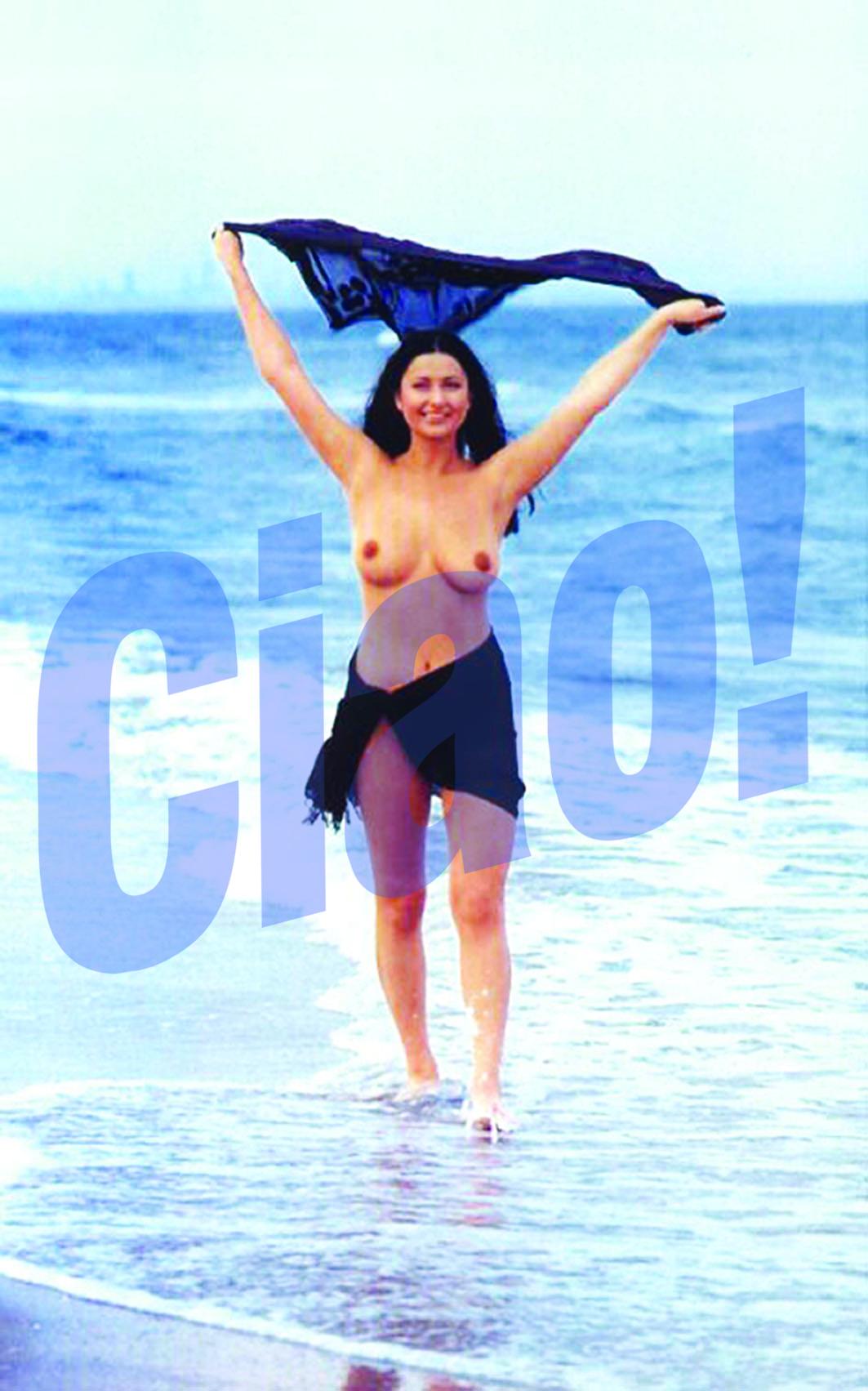 In 2000, Cristea facea furori pe plaja, etalandu-si sanii si trupul de sirena