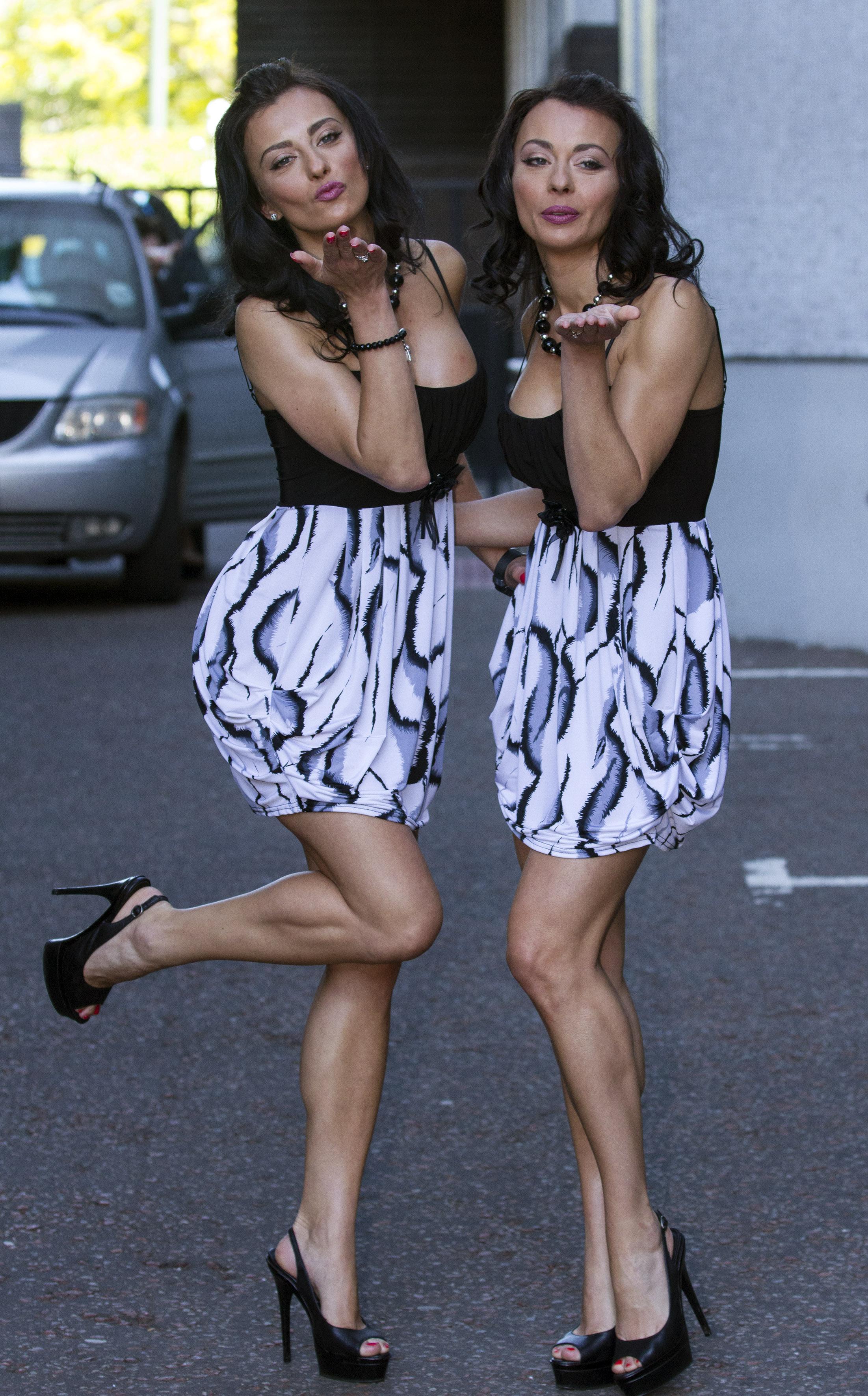 Monica si Gabriela Irimia - 3