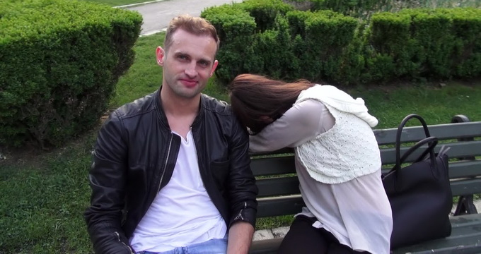 Sorin a recunoscut ca si-a inselat logodnica cu tanara cu care a fost fotogragfiar de paparazzii CANCAN