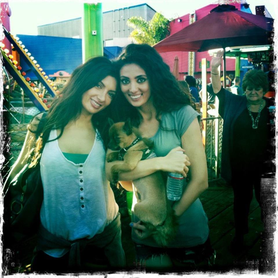 Claudia si sora ei, Paula