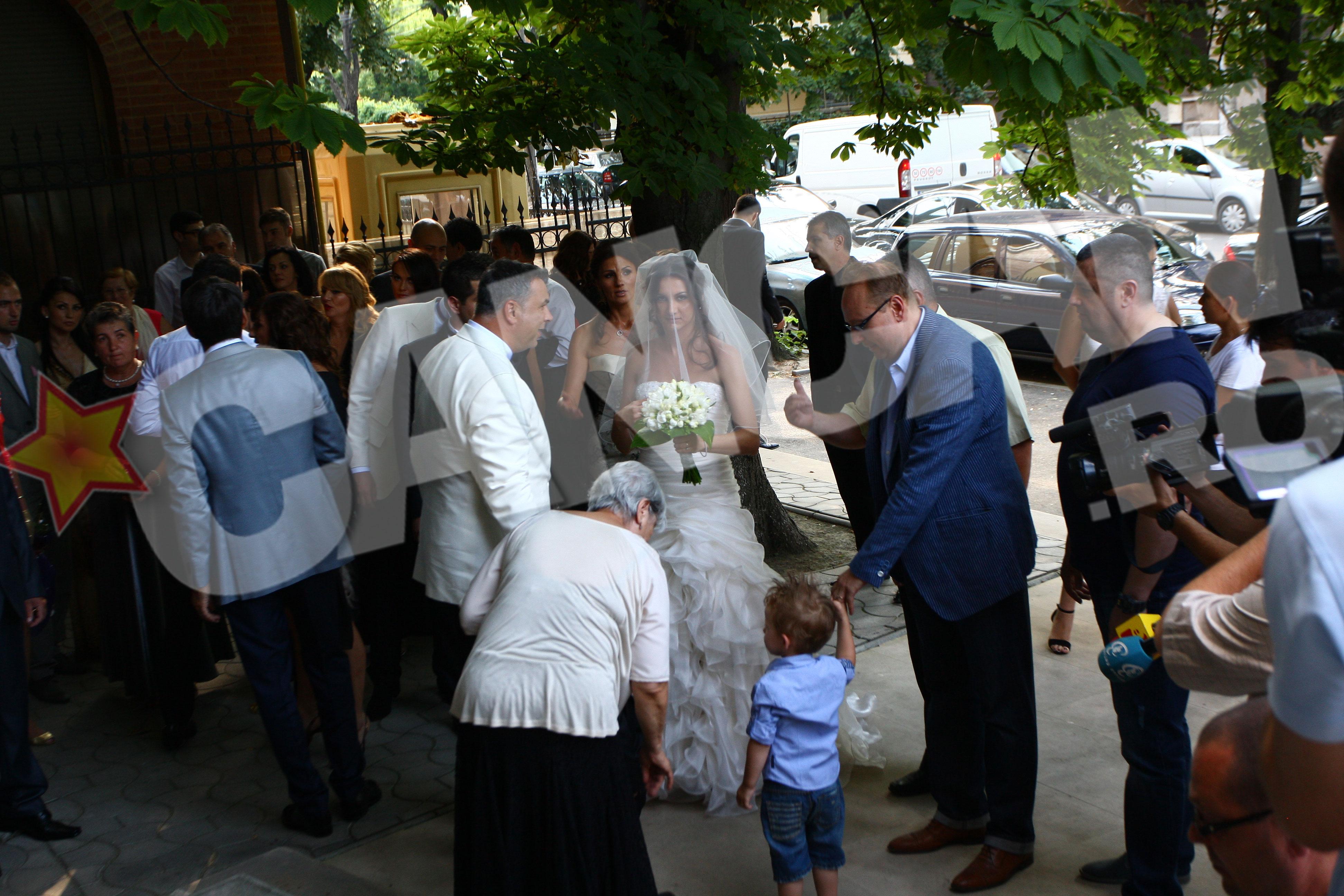 Victor Piturca e mandru nevoie mare, caci fiica lui, Claudia, s-a casatorit