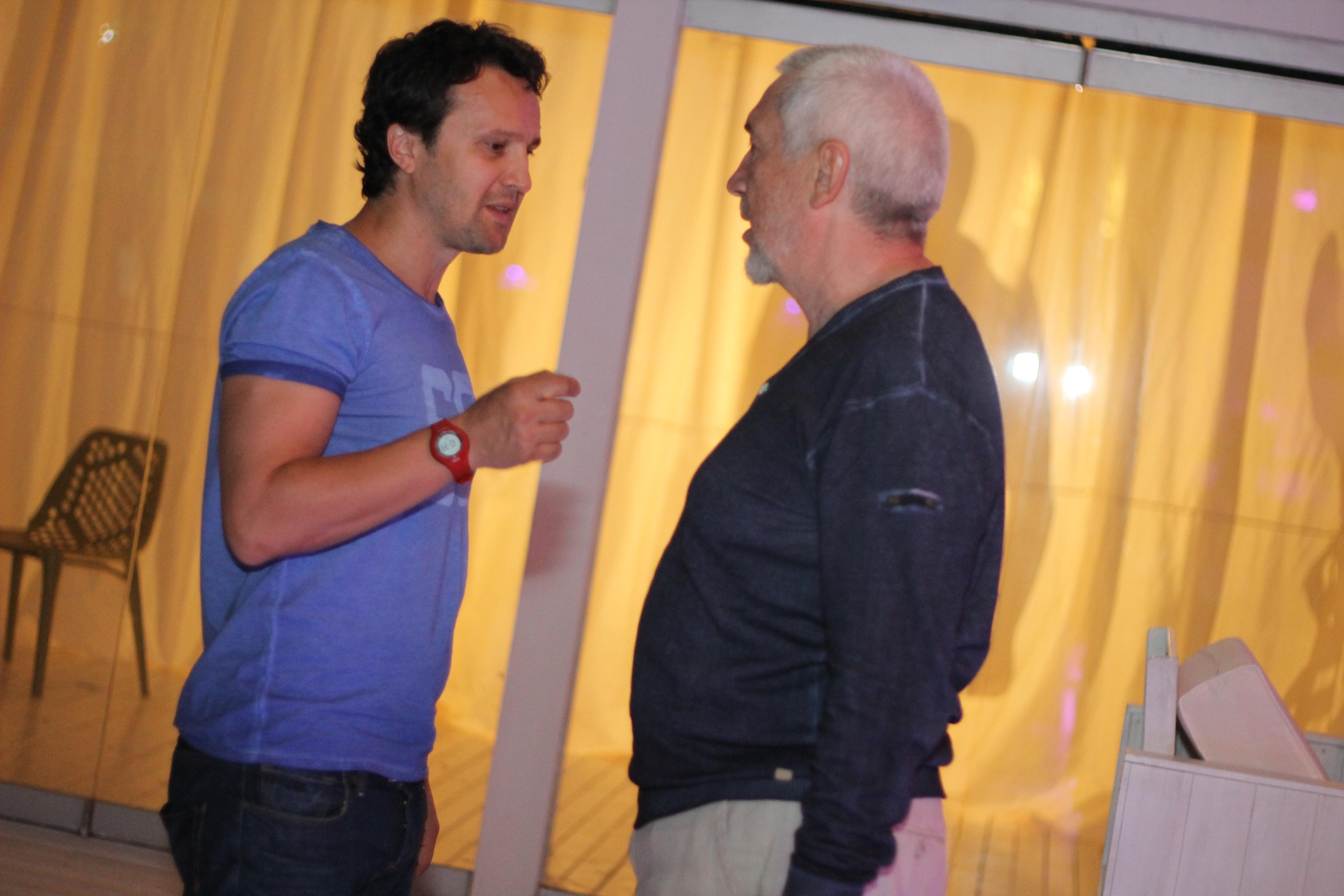 Dorian Boguta, unul dintre actorii principali, si Dan Chisu, regizor si scenarist al filmului