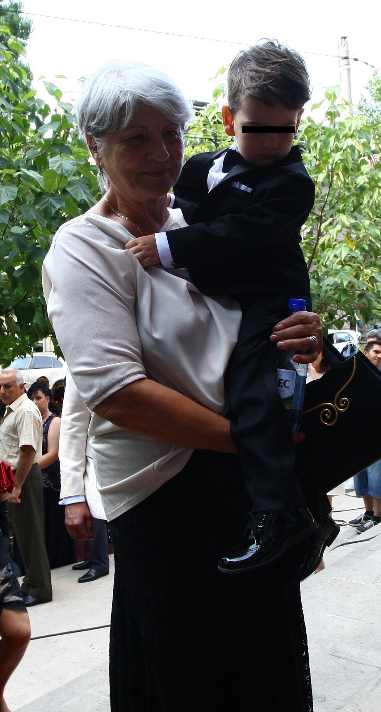 Nepotul selectionerului Romaniei a fost un mic cavaler de onoare la nunta mamei sale