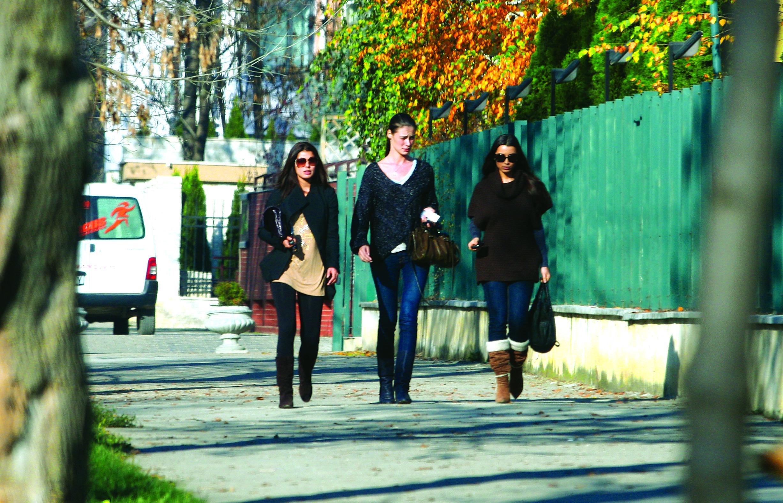 Lili Sandu, Ilieana Lazariuc si Elena Baguci sunt extrem de bune prietene de foarte multi ani