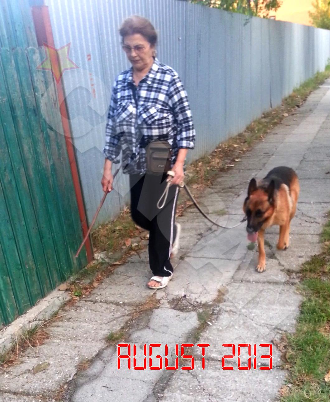Irina Loghin iese in fiecare zi, la o plimbare lunga, alaturi de cainele ei, Tomi