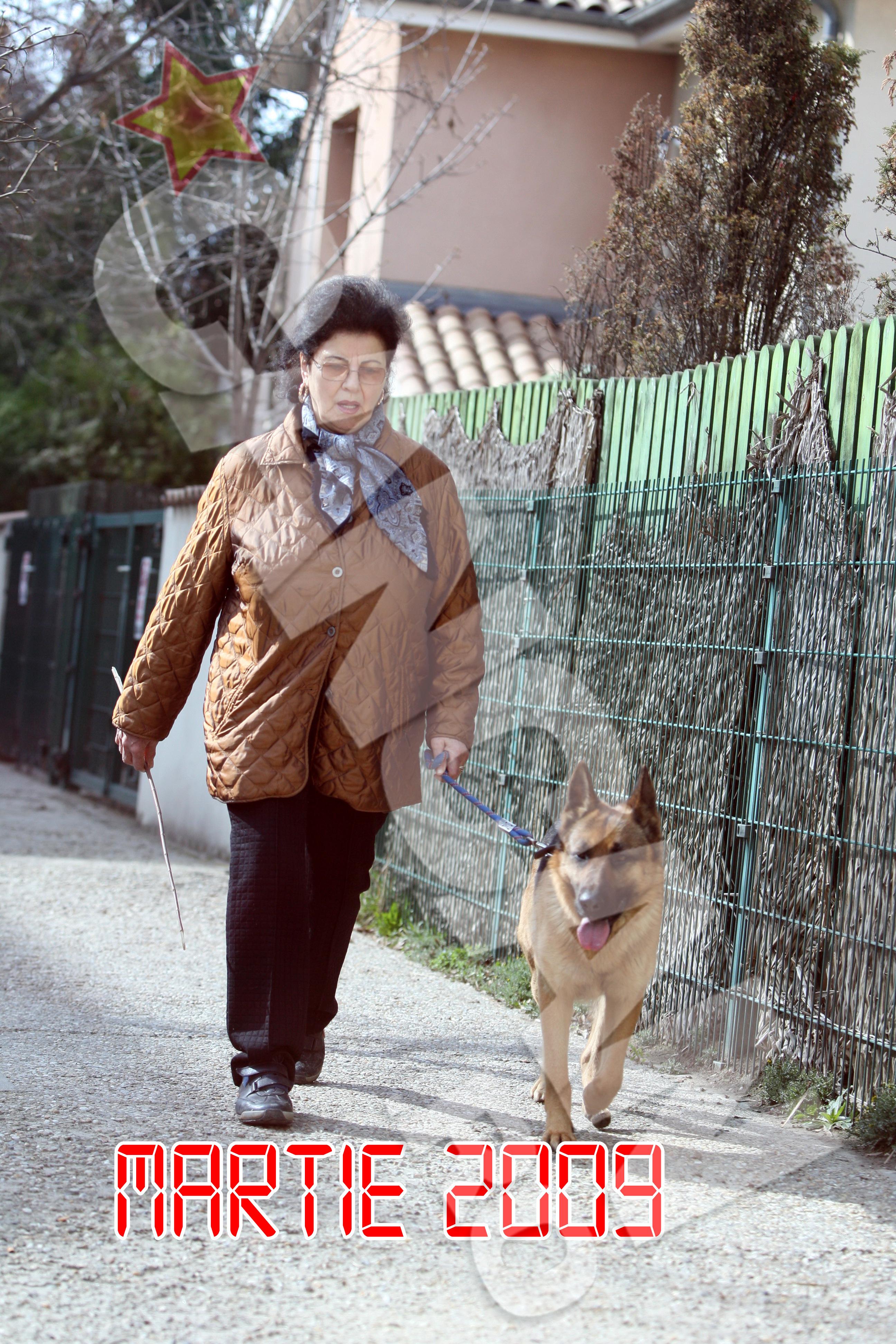Irina Loghin a prins obiceiul plimbarilor lungi de ani buni