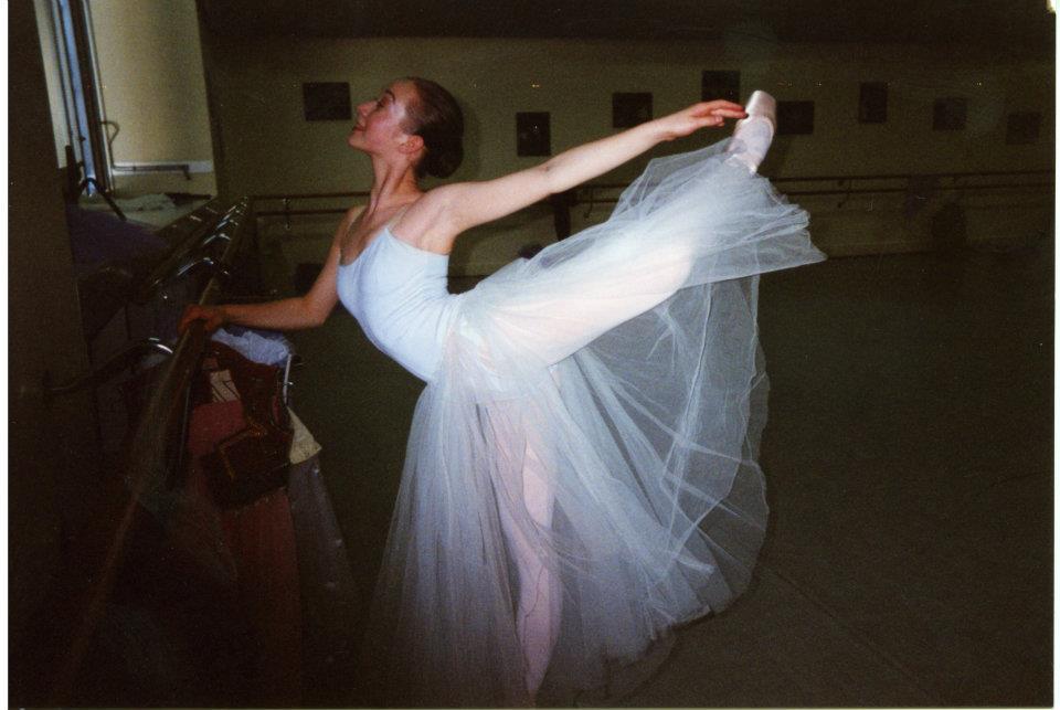 Cantareata si-a modelat corpul cu ajutorul baletului