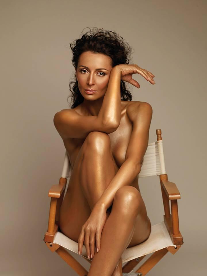 Mihaela a pozat de multe ori in ipostaze sexy, care au aprins imaginatia barbatilor