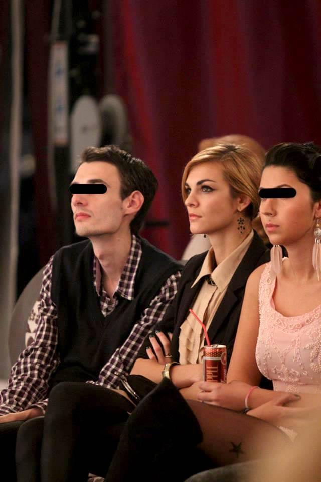 Actrita a privit cu interes toate prezentarile de moda