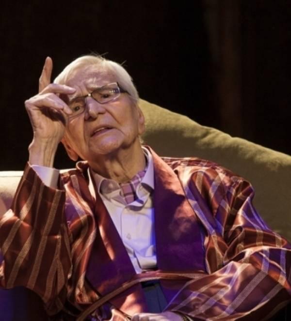 Maestrul Radu Beligan continua sa joace in spectacole de teatru, chiar daca se apropie de 100 de ani
