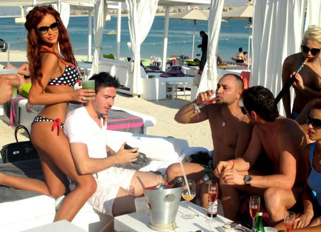 Bianca Dragusanu s-a intalnit cu Adrian Cristea la Paris, unde s-au distrat de minune