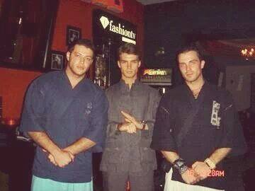 Aureliu, Bogdan Vladau si Victor sunt prieteni de multi ani