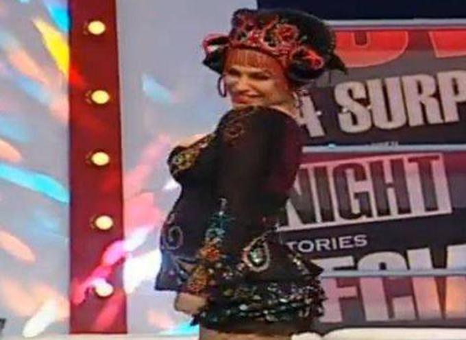 Anna si-a aratat burtica in direct la TV (foto: Kanal D)