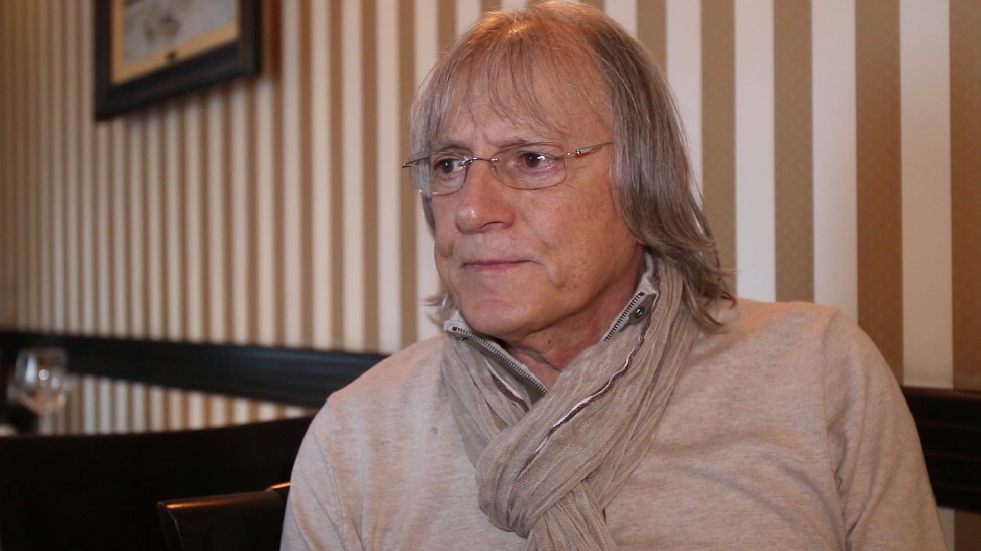 Mihai Constantinescu sufera foarte mult dupa pierderea surorii sale