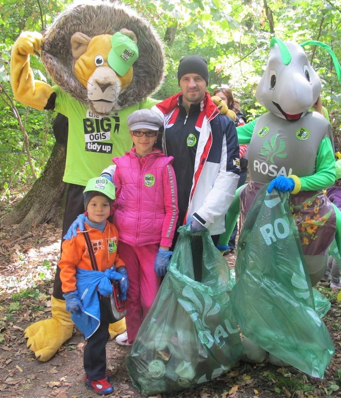 Pavel Stratan i-a invatat pe cei doi copii ai sai ca protejarea mediului este un lucru foarte important sursa: arhiva personala