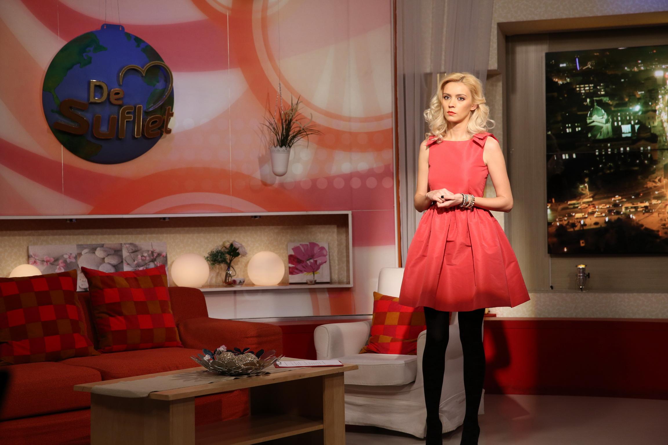 Vedeta va fi prezentatoare in locul Danei Rogoz, care va naste in curand sursa: PRO TV