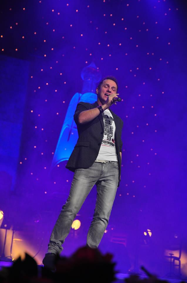 Mihai a participat la Eurovision in 2006, cu piesa
