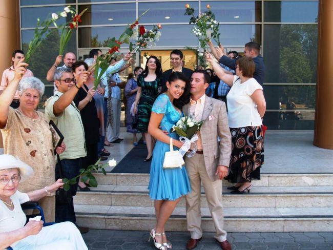 Dezbracatu si Laura s-au casatorit in 2007
