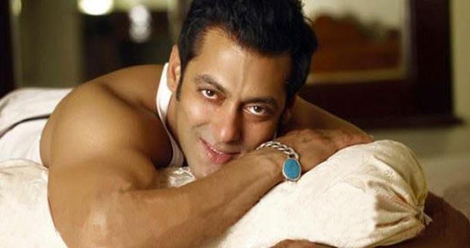 Salman a tras multe sfori pentru a o aduce pe Iulia la Bollywood