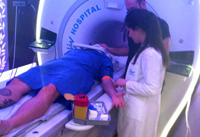 Bote a fost supus unui RMN in clinica Liv din Instanbul