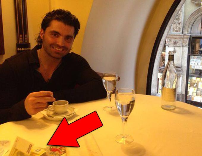 Pepe s-a fotografiat in timp ce bea o cafea intr-un local din Milano
