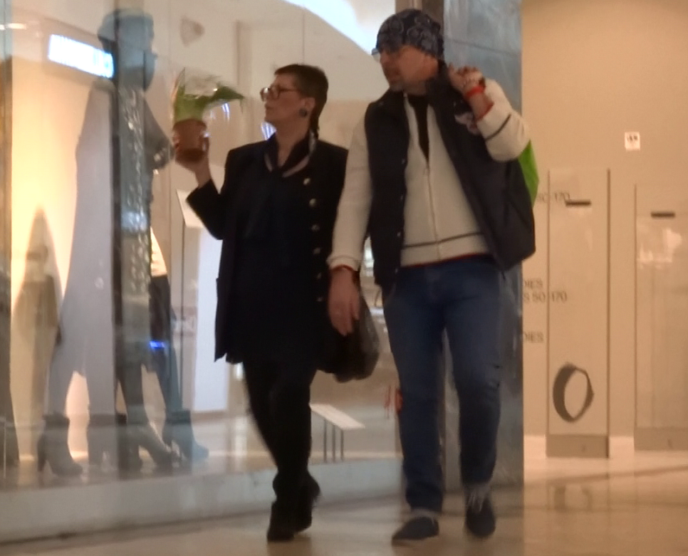 Mihai Pocorschi si sotia formeaza un cuplu la moda