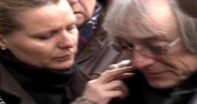 Mihai Constantinescu, rapus de durere la mormantul surorii lui