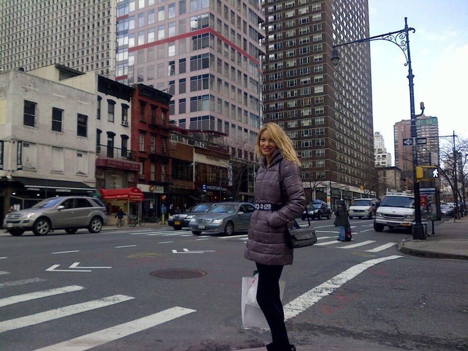 De aproape patru luni, Valentina se afla in America, mai exact in Manhattan