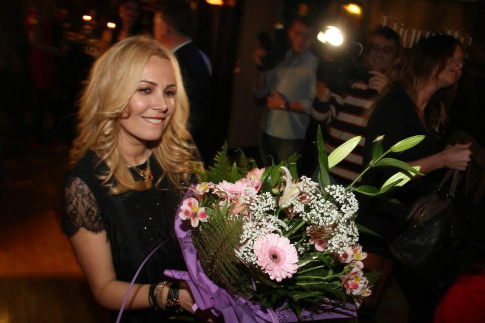 Pe 4 martie, Dana sarbatorea ziua surorii ei