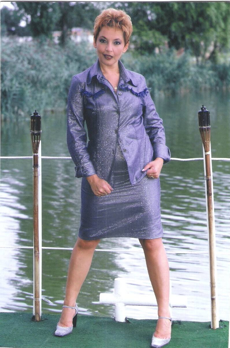 Mihaela Tatu, pe vremea cand avea cateva kilograme bune in minus foto: arhiva personala