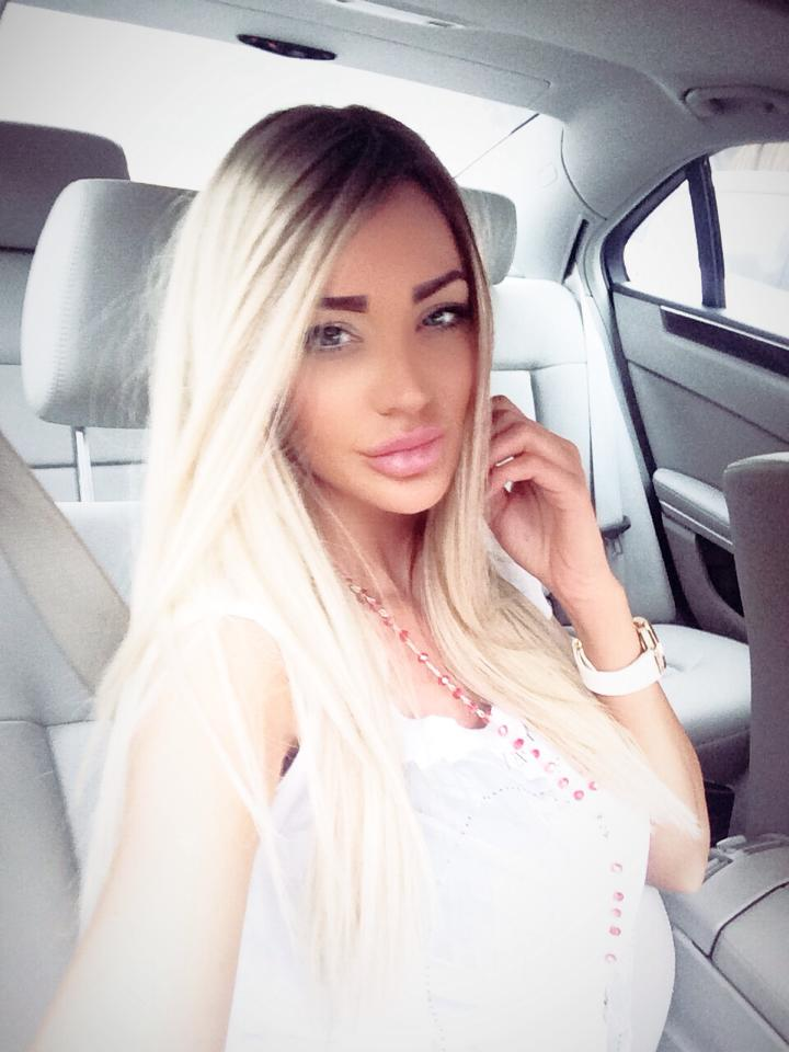 Anul acesta, de ziua ei, Bianca a revenit la blondul care a consacrat-o