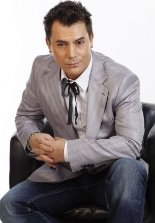 Cum a aflat ca sotia lui va fi prezentatoare TV, Razvan Fodor i-a dat imediat o