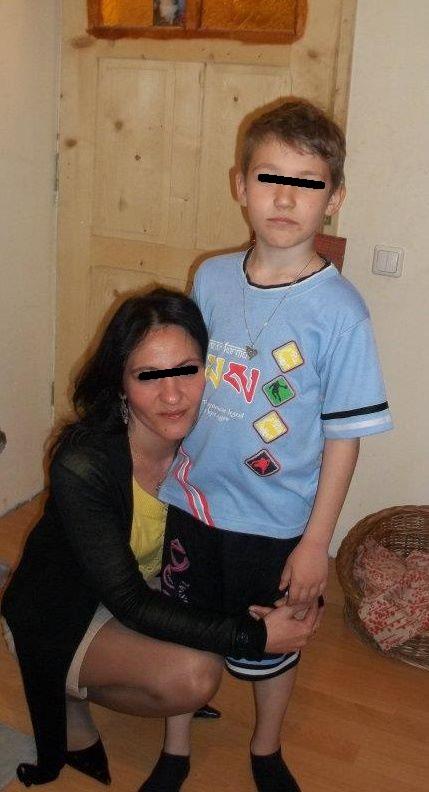 Fosta sotie a lui Pacha, alaturi de Pablo, baietelul lor foto: Facebook