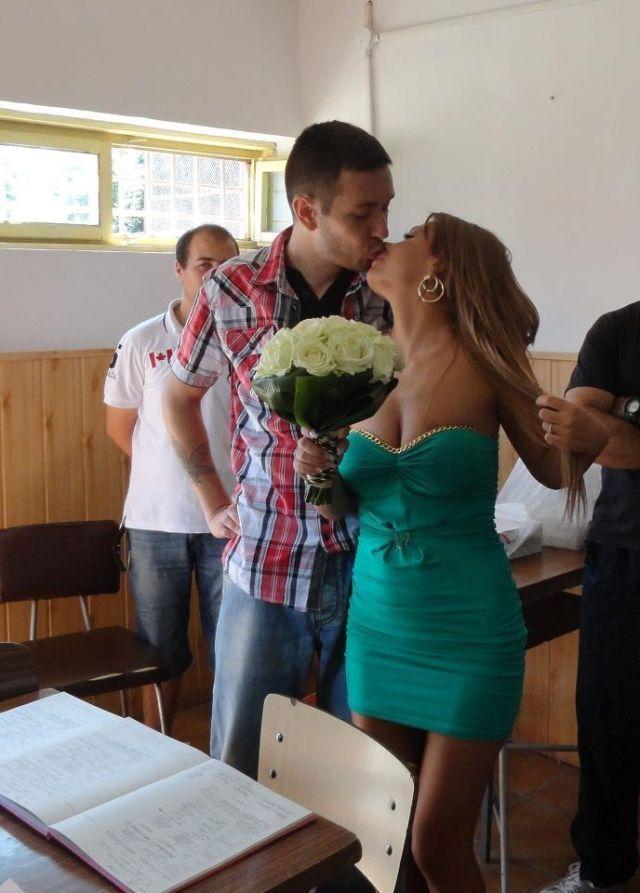 Sisu s-a casatorit cu tanara in puscarie