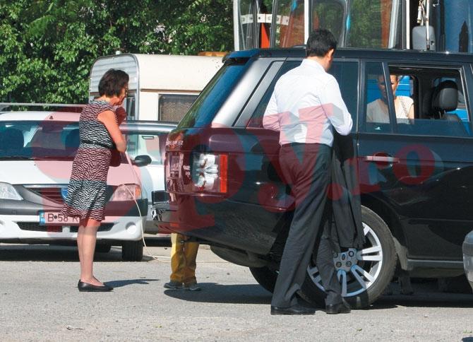 In final, Cristina i-a si condus pe cei doi, care s-au urcat impreuna pe locul din spate