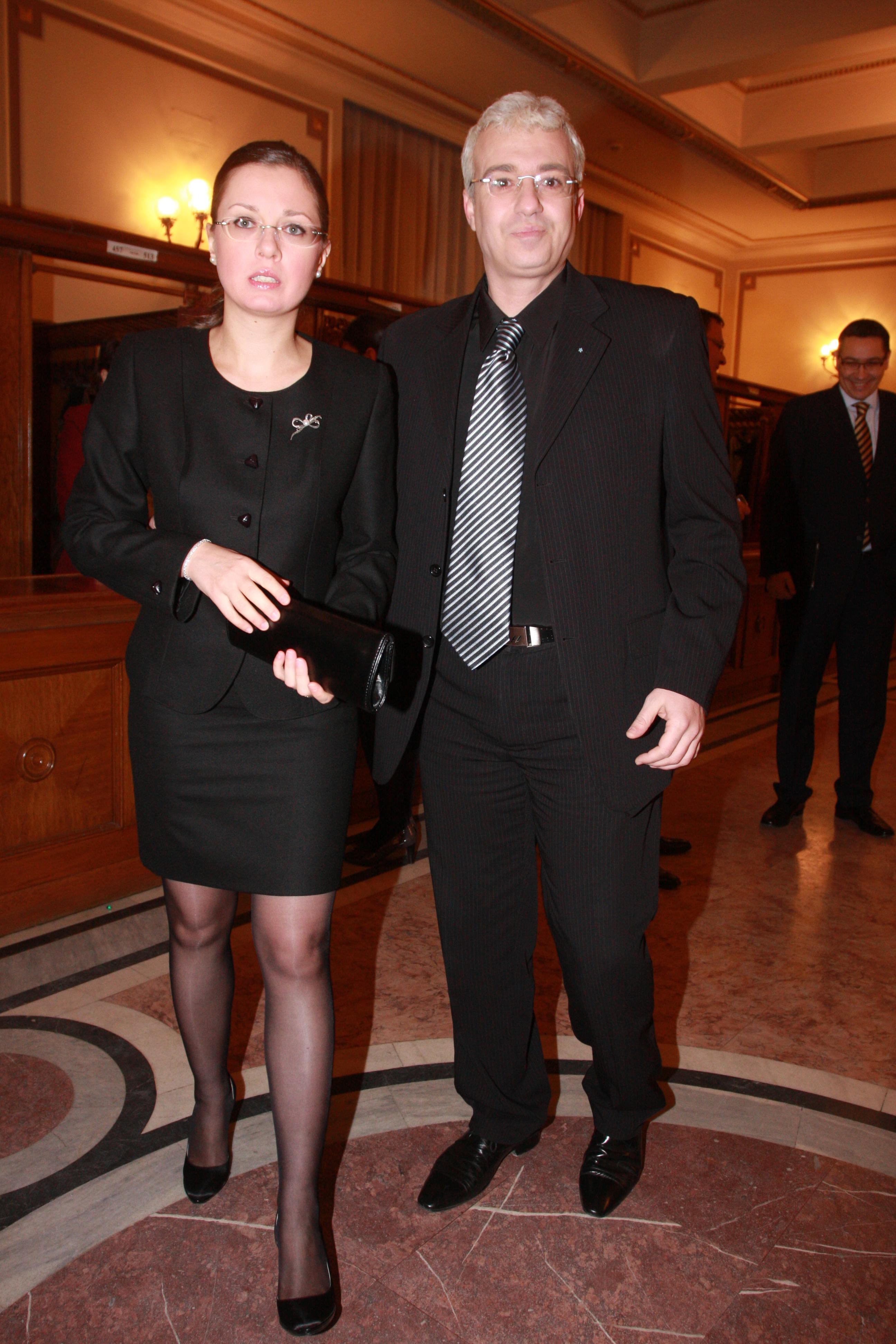 Catalin Crisan si Alina Ioana Cupsa s-au casatorit in vara anului trecut si au declarat in mod repetat ca isi doresc un copil