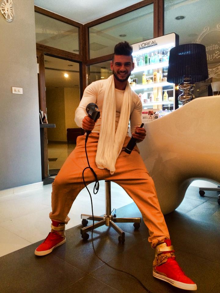 Dorian Popa a pus umarul la treaba pentru a pune pe picoare salonul