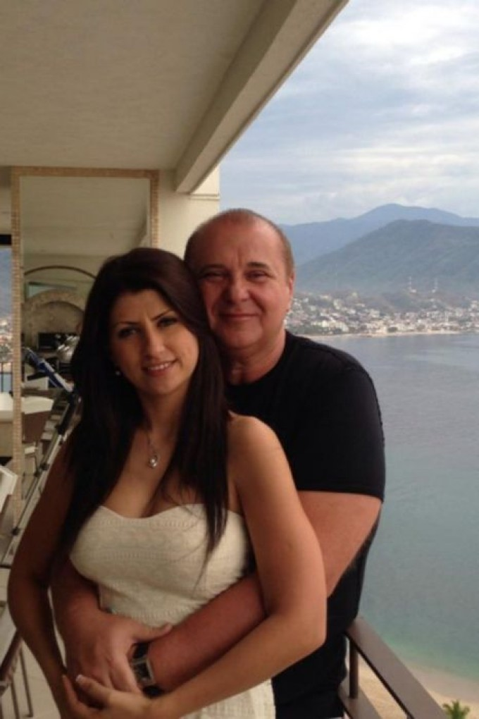 Cantareata de muzica populara Alina Radi a avut o relatie cu milionarul Nick Radoi, care locuieste in America