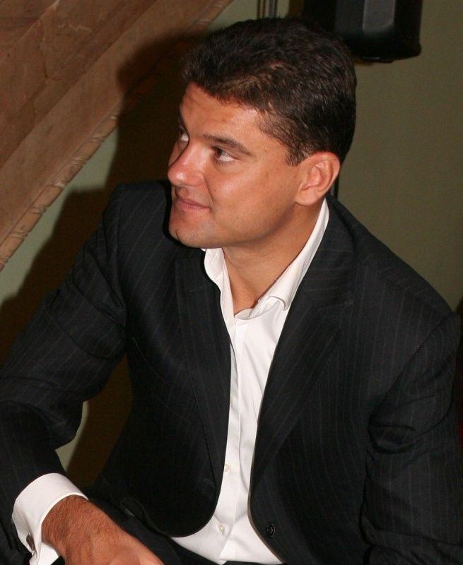 Boureanu a devenit un impatimit al cluburilor, dupa divortul de Pelinel