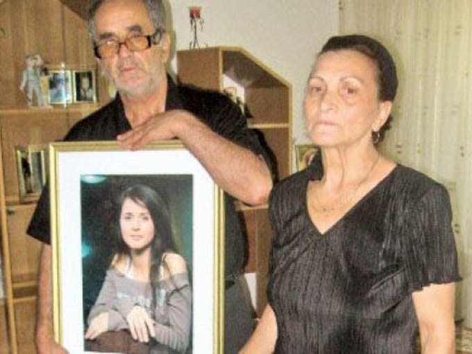 De cand a murit Madalina Manole, parintii ei sufera cumplit