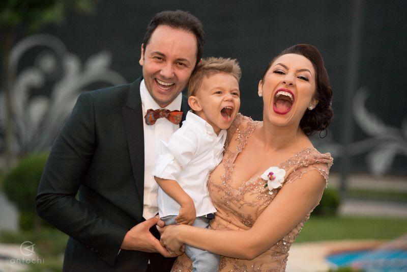 Catalin, David si Andra, o familie care mai asteapta o fetita